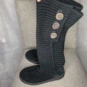 Uggs black knit boots